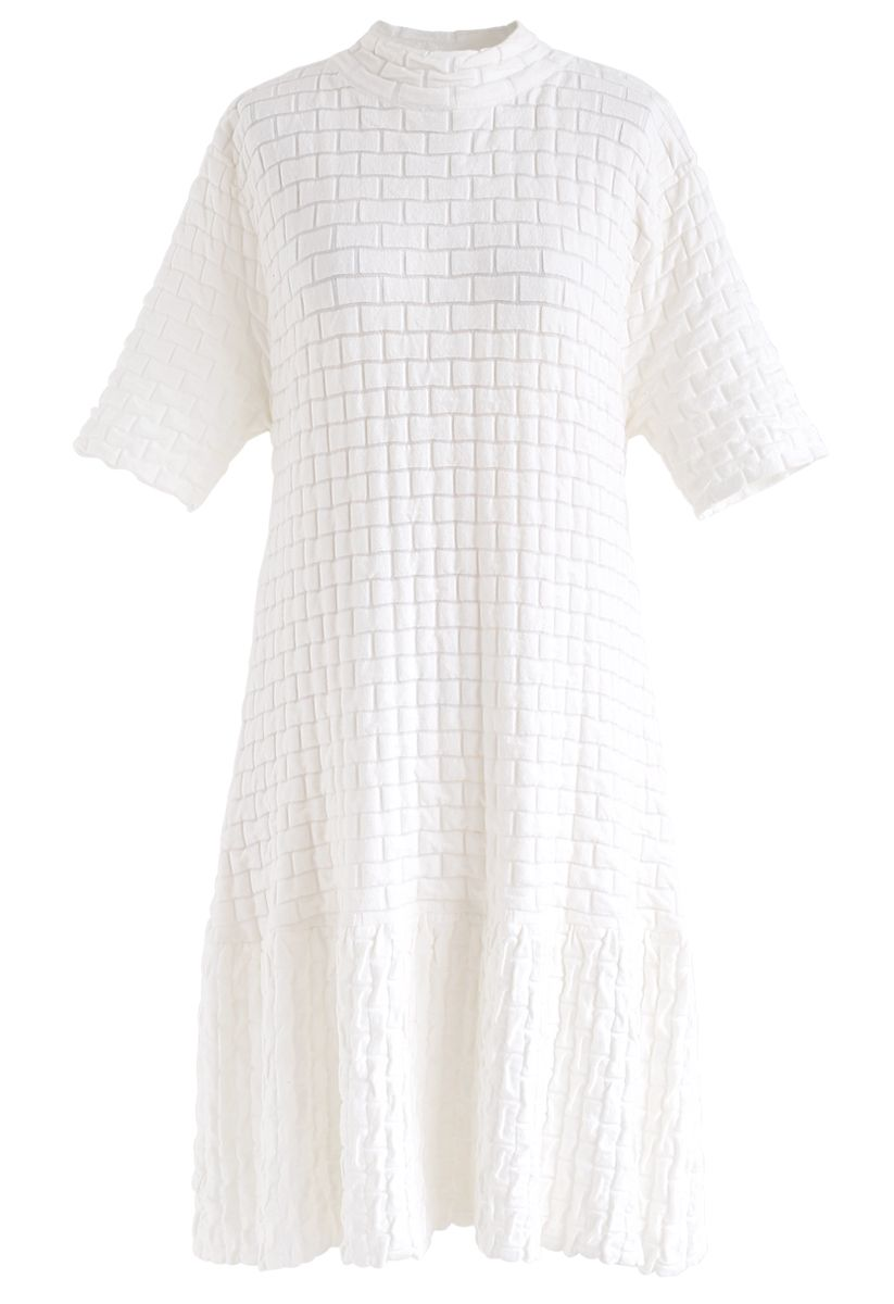 Embossed Frill Hem Knit Dress in White
