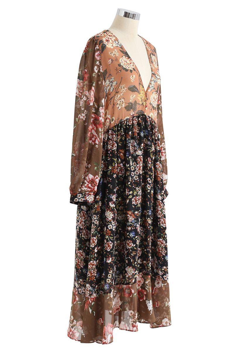 Robe en mousseline boutonnée à fleurs dispersées