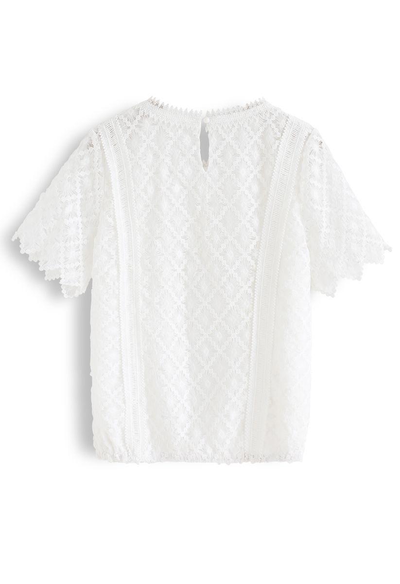 Eyelet Zigzag Crochet Top in White