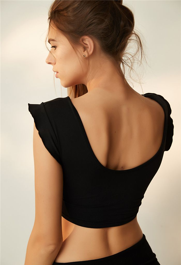 Ruffle Sleeves Scoop Neck Low-Impact Sports Bra in Black