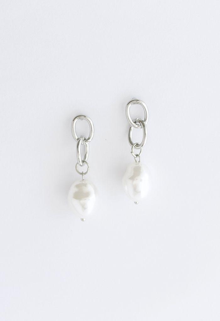 Silver Interlocking Circle and Pearl Earrings