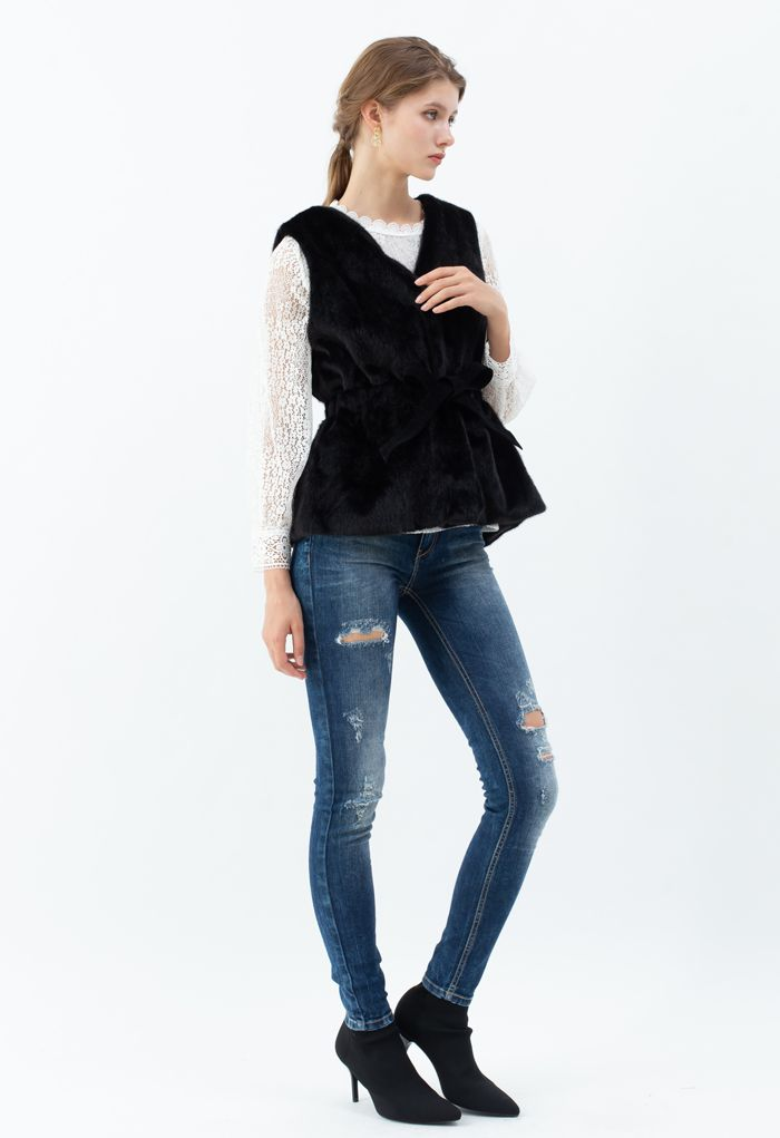 Bowknot Soft Faux Fur Vest in Black