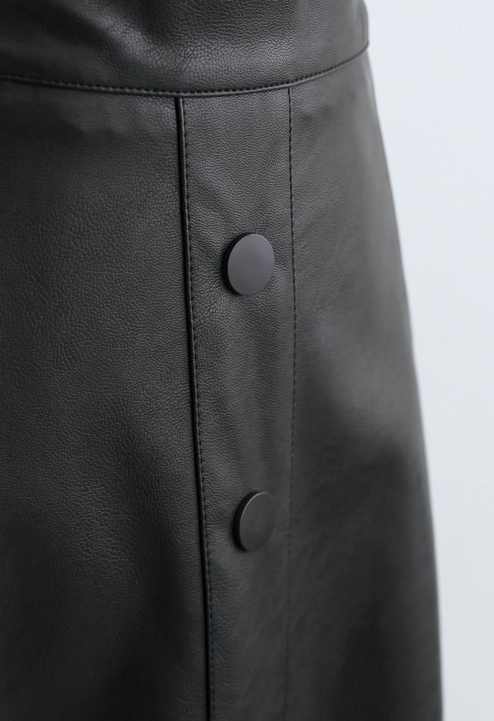 Buttoned Soft Faux Leather A-Line Skirt in Black