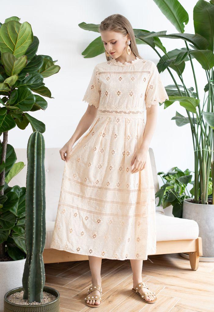 Short Sleeve Embroidered Crochet Dress