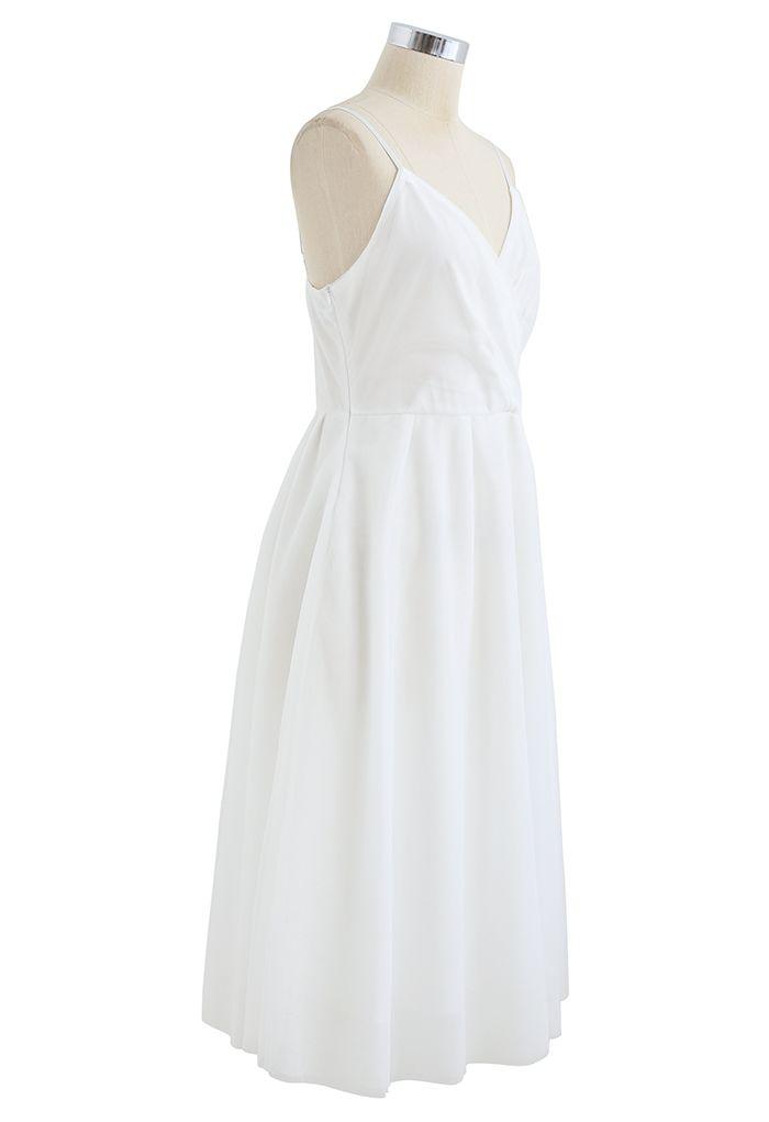 Robe nuisette midi en maille cache-cœur en blanc