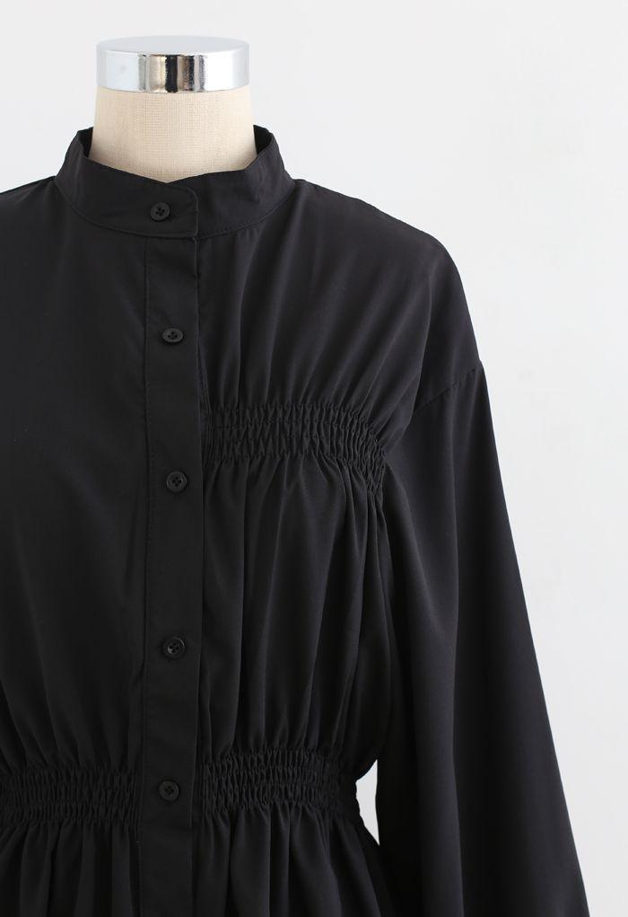 Robe chemise asymétrique froncée boutonnée en noir