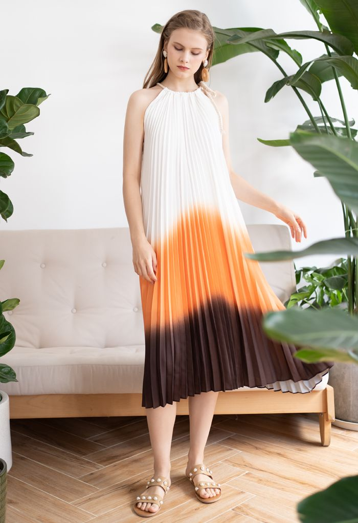 Robe plissée dégradée à col licou