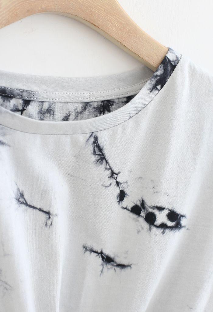 Crop top tie-dye à ourlet torsadé en fumée