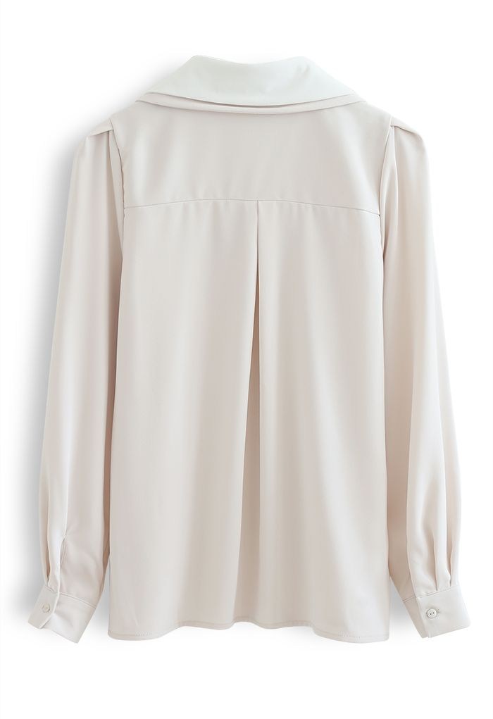 Double Collars Bowknot Shirt in Ivory