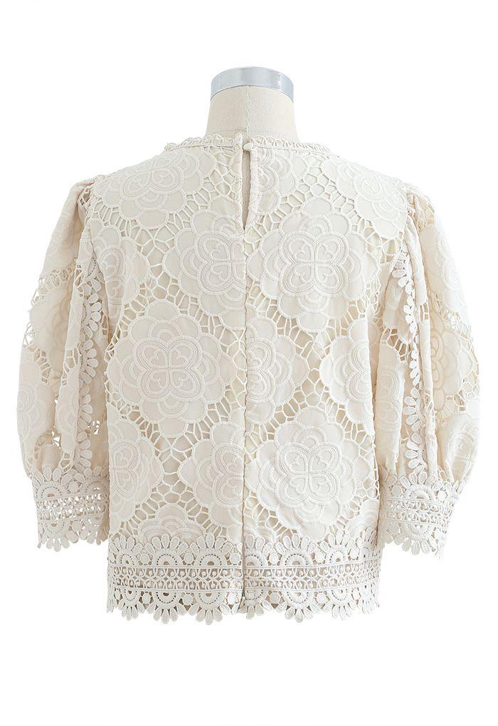 Blooming Flowers Crochet Bubble Sleeves Top in Cream