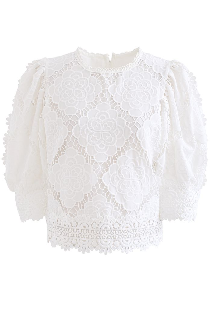 Blooming Flowers Crochet Bubble Sleeves Top in White