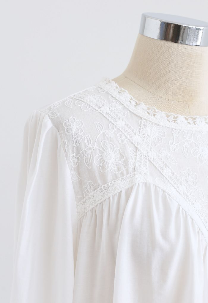 Embroidered Floral Long Sleeve Top in White
