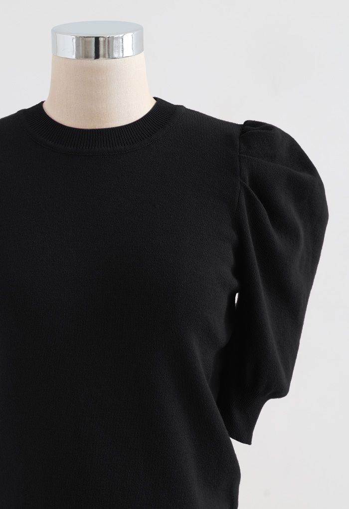 Bubble Short-Sleeve Knit Top in Black