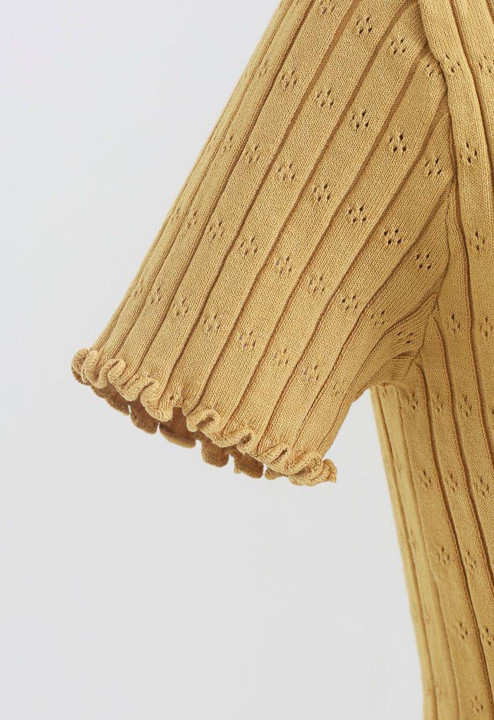 Top court en maille à lacets et bord de laitue en orange