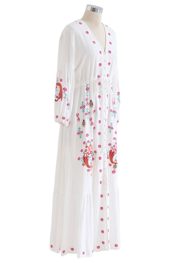 Robe longue bohème brodée boutonnée