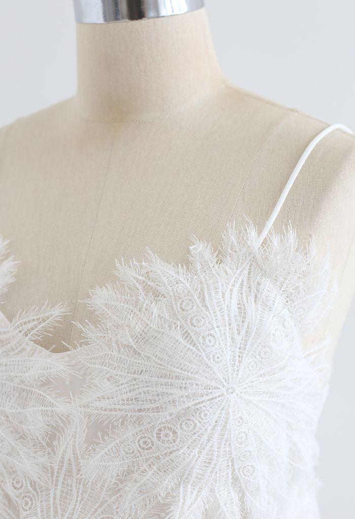 Top camisole en maille avec superposition de plumes unies