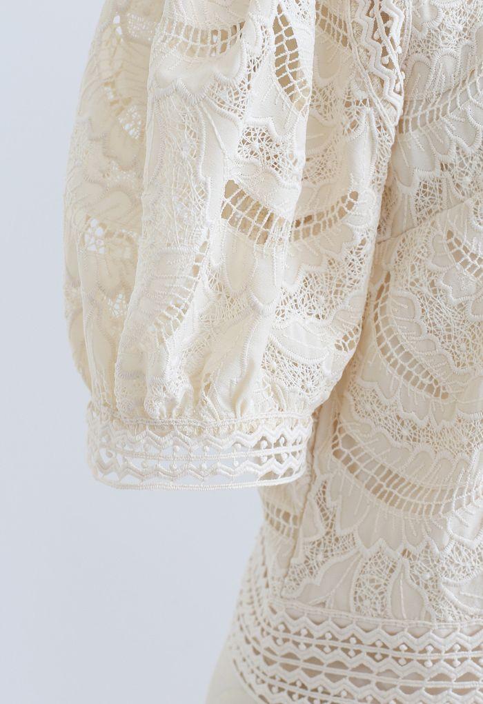 Top en crochet brodé Leaves Shadow en crème