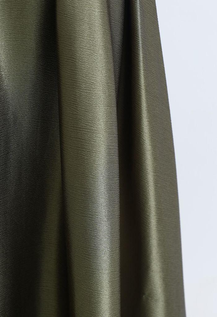 Jupe longue évasée à texture ceinturée en vert mousse