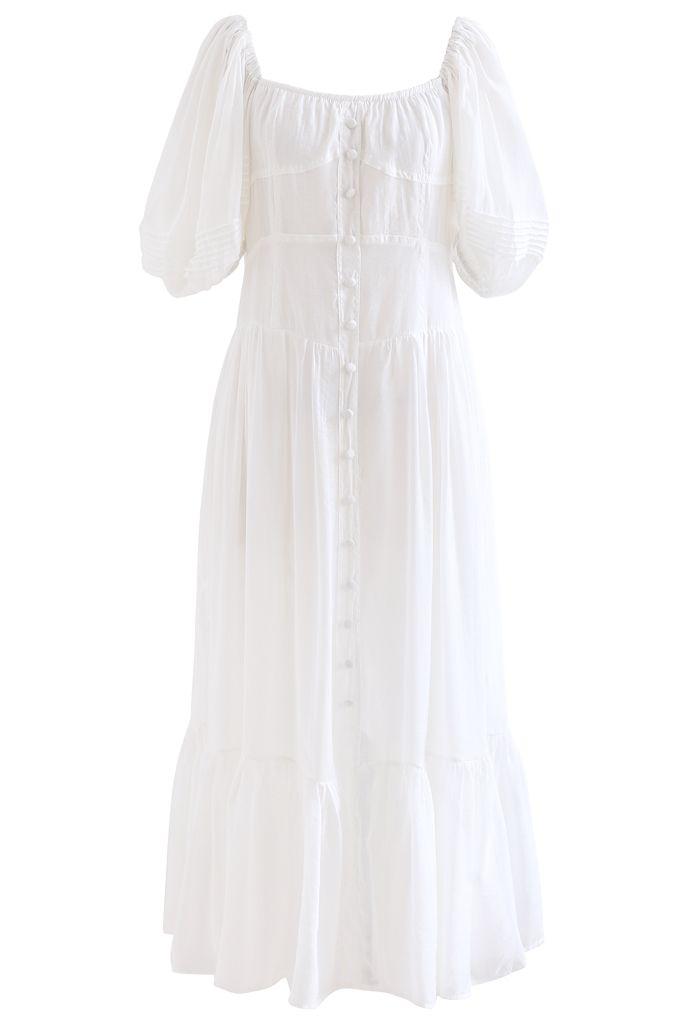 Robe fluide à volants boutonnée à manches bouffantes en blanc
