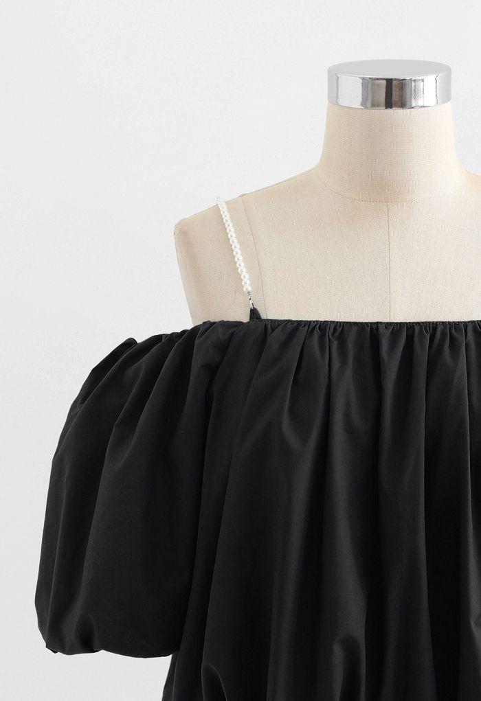 Crop top à épaules dénudées et manches bulle en noir