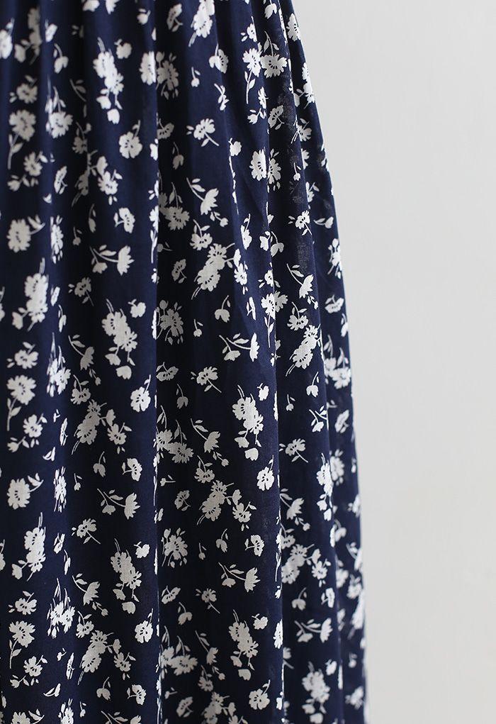 Ensemble crop top froncé et jupe mi-longue Flowery Land en bleu marine