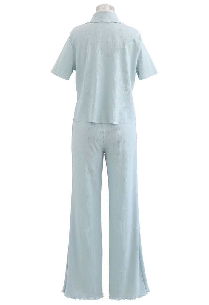 Ensemble chemise à coupe brute en relief et pantalon à ourlet laitue en bleu clair