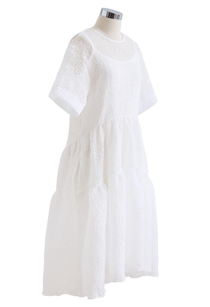 Robe Dolly transparente scintillante en relief à volants en blanc
