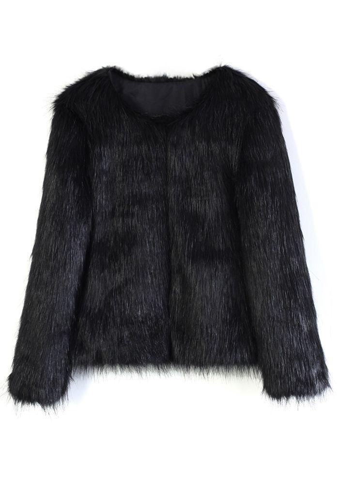 Mon manteau chic en fausse fourrure en noir