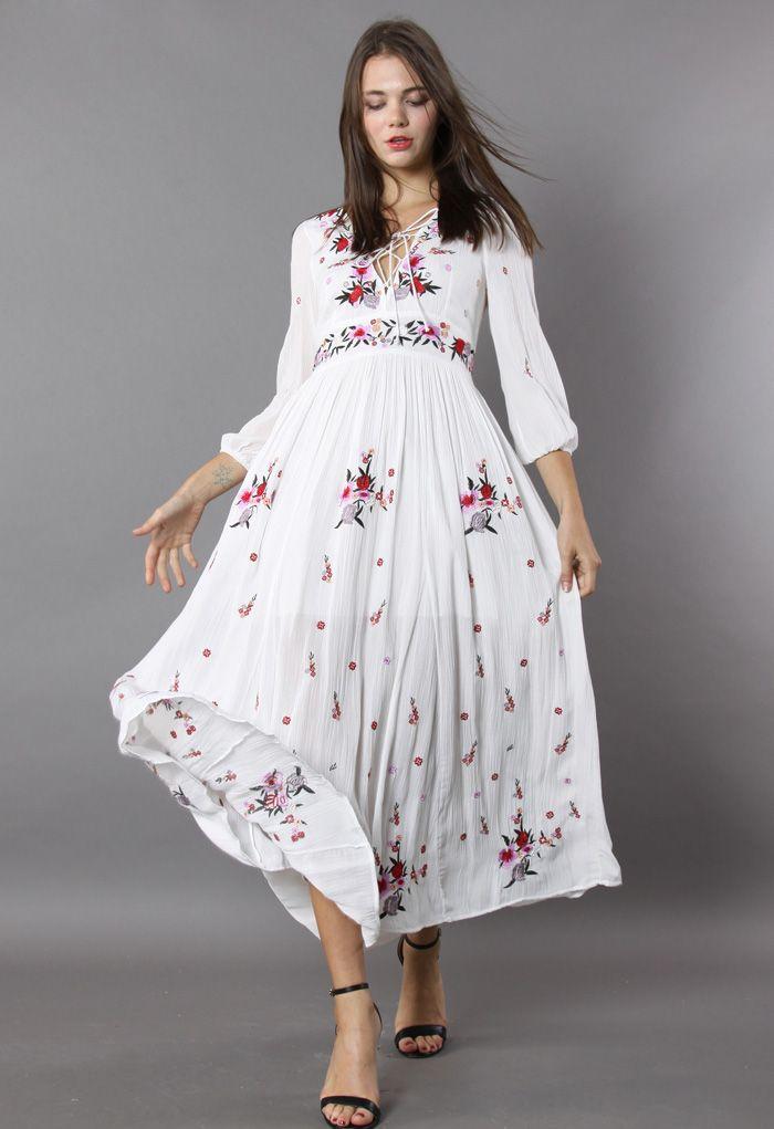 Merveilleux Robe Floral Longue Brodée