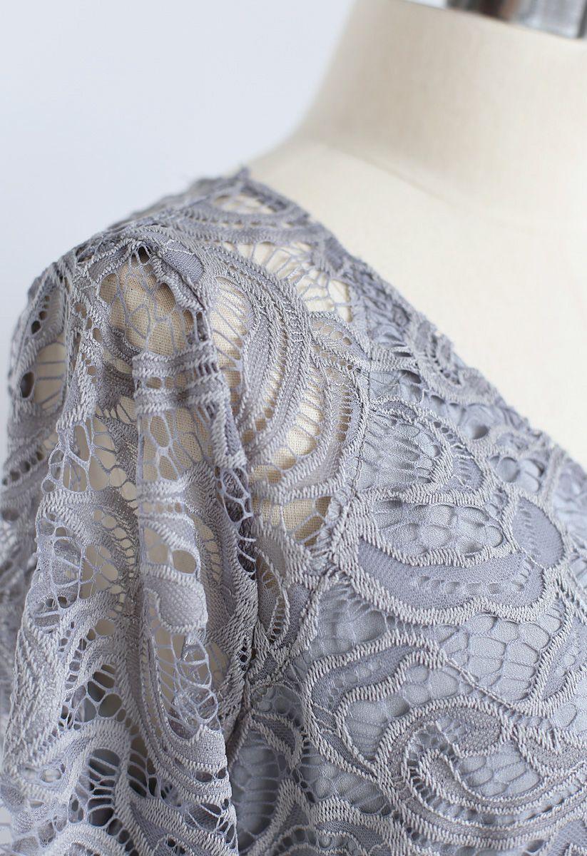 Robe en dentelle Reminisce Automne à col en V gris