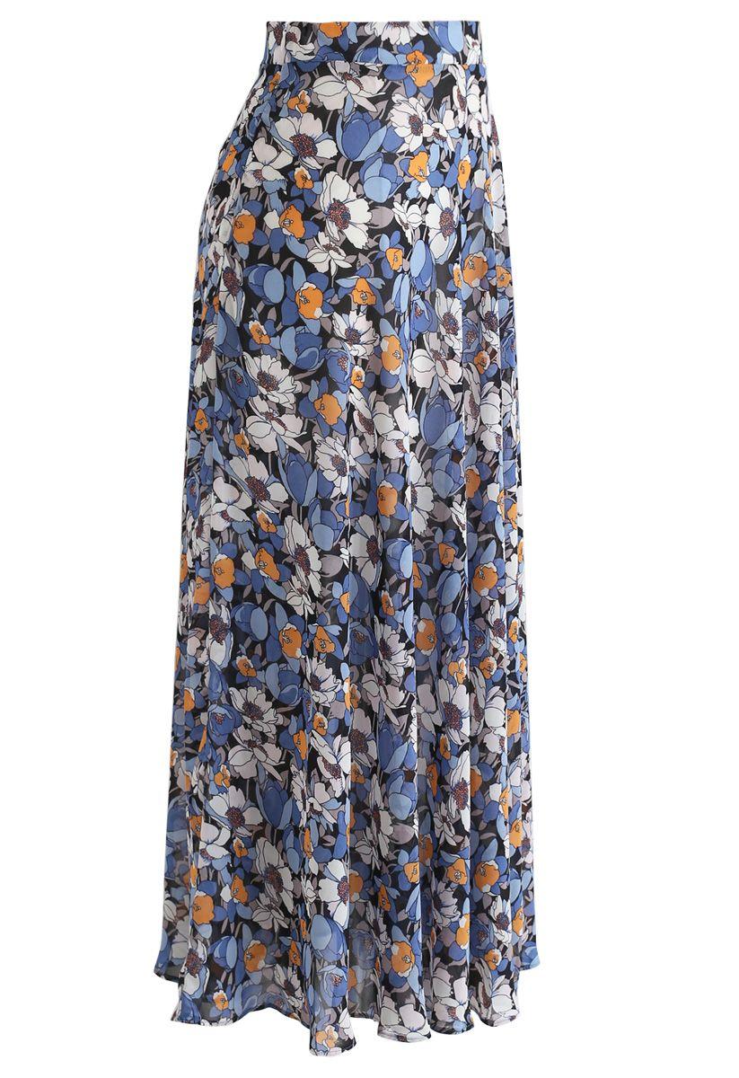 Jupe longue en mousseline de soie fleurie en bleu