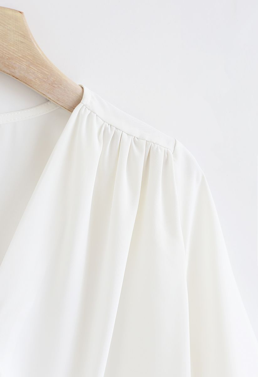 Forever Chic Wrap Top en Blanc