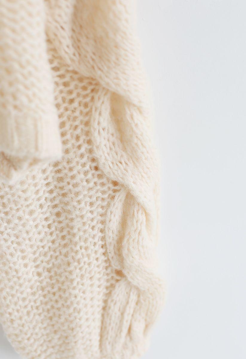 Pull manches bouffantes tricoté à la main en crème
