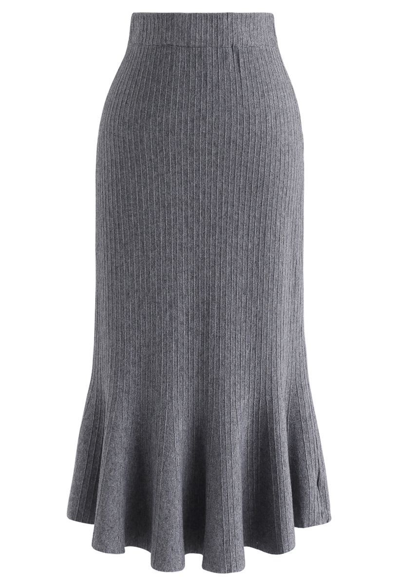 Parallel Lines Frilling Knit Skirt in Grey