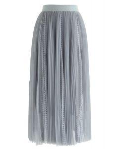 Jupe mi-longue plissée en dentelle exquise en bleu poussiéreux