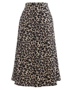 Jupe mi-longue évasée à imprimé léopard sauvage