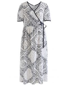 Robe en coton à passepoil imprimé cachemire en noir