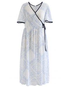 Robe en coton à passepoil imprimé cachemire en bleu clair