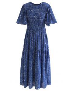 Robe mi-longue imprimée à manches évasées et épaules dénudées en bleu