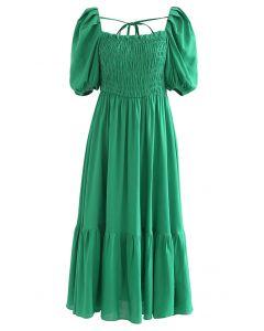 Robe froncée à col carré et manches bouffantes en vert