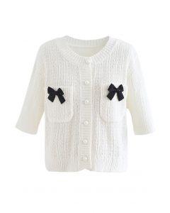 Cardigan en tricot boutonné décoré de nœuds en blanc