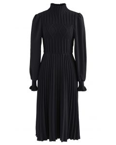 Cable Knit Spliced Pleated Midi Dress in Black