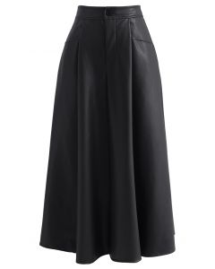 Dual Patched Pockets A-Line Faux Leather Skirt in Black