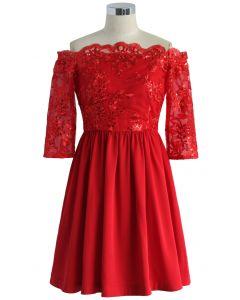 Rouge Festif Robe Embellie avec Epaules Dénudées