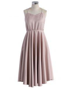 Robe Rose Luxueux avec Bretelles Croisillons dans le Dos