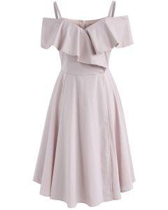 Jolie robe à fronces aux épaules dénudées et à fronces en rose