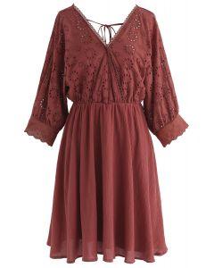 Sunkissed Glow Wrap - Robe brodée en rouge