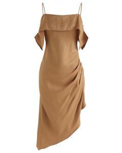Robe camisole asymétrique latine passionnée en beige