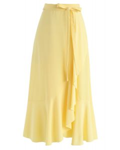 Jupe mi-longue asymétrique à volants en jaune
