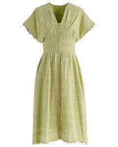 Chaque robe midi brodée Sunrise en vert